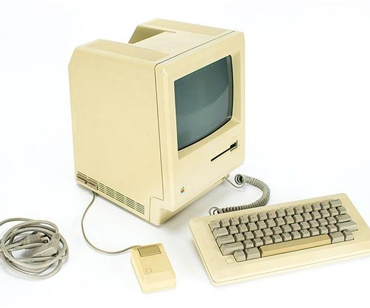 Original 1983 Apple Macintosh 128K Computer with 'In Appreciation: Jerry Manock' Plaque